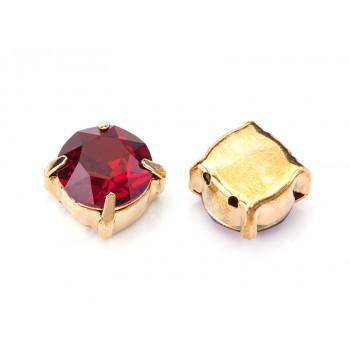 Шатон с кристаллом Swarovski Gold Siam в оправе