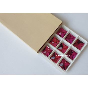 Квадрат Fuchsia