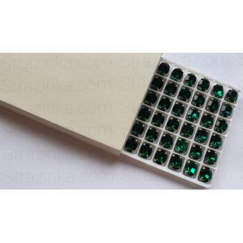 Овал Emerald в оправе (хрусталь)